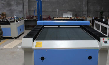 Stainless steel PK carbon steel Which metal is most suitable for laser cutting machine?